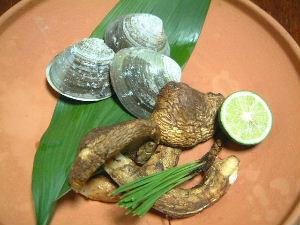 松茸と蛤の焙烙焼