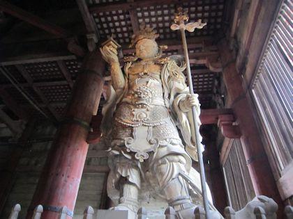 東大寺大仏殿の毘沙門天