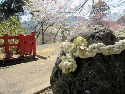 談山神社のむすびの岩座