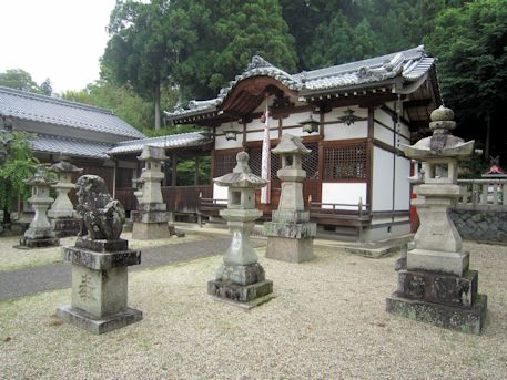 十二柱神社拝殿