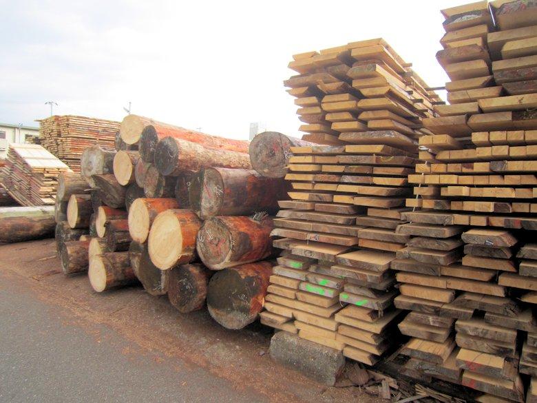 桜井市材木置場