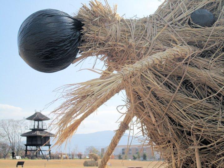 唐古鍵遺跡史跡公園の藁アート