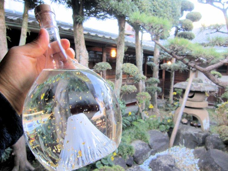富士山ボトルの金粉