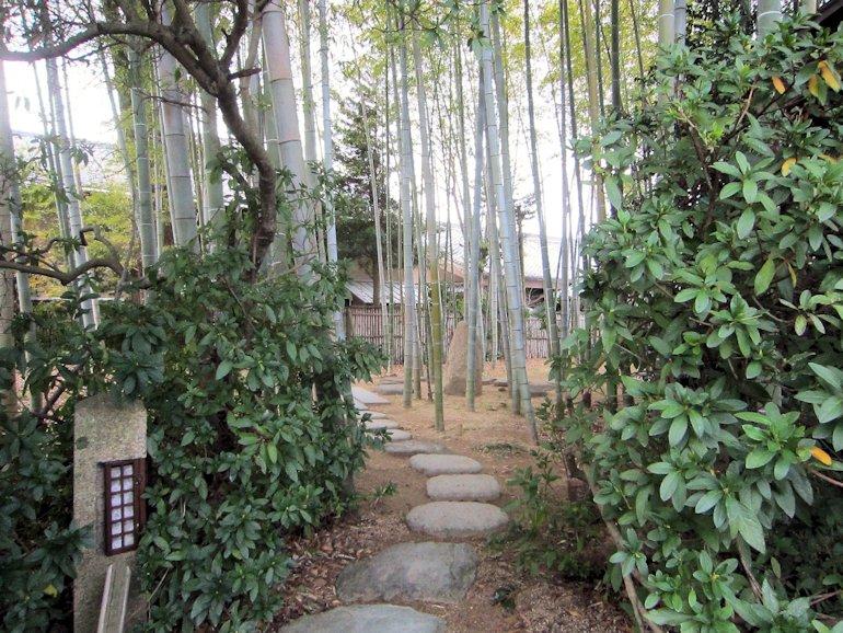 大安寺いのちの小径
