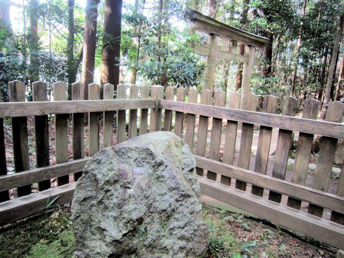 貴船神社の磐座