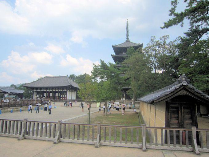 興福寺の筋塀