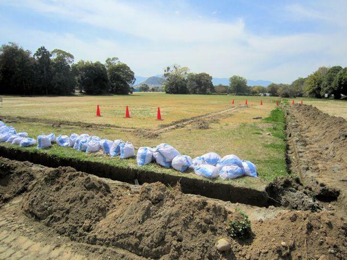 藤原宮跡発掘調査と畝傍山