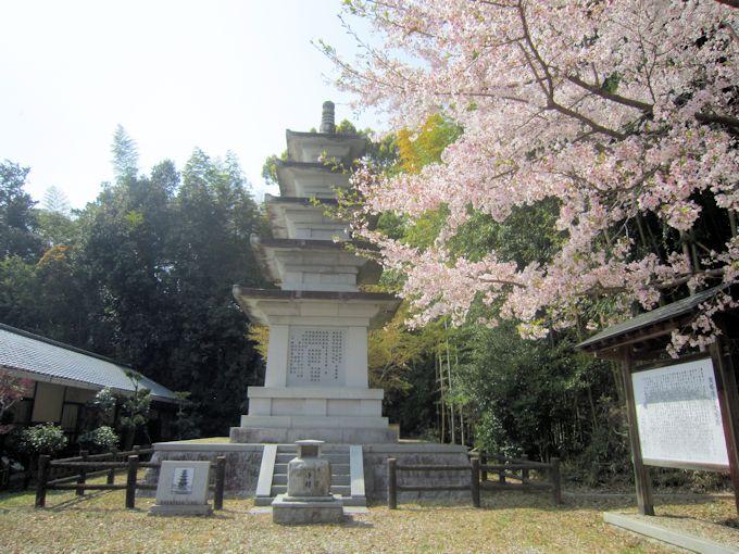 飛鳥寺の五重宝塔