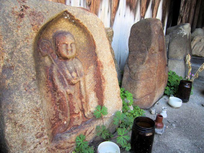 迎蓮寺地蔵石仏