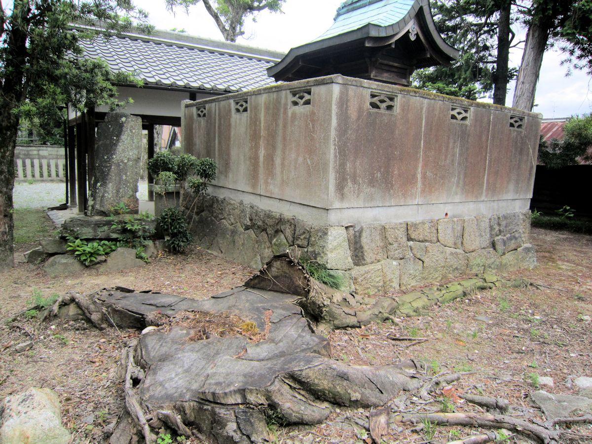 渟名城入姫神社本殿