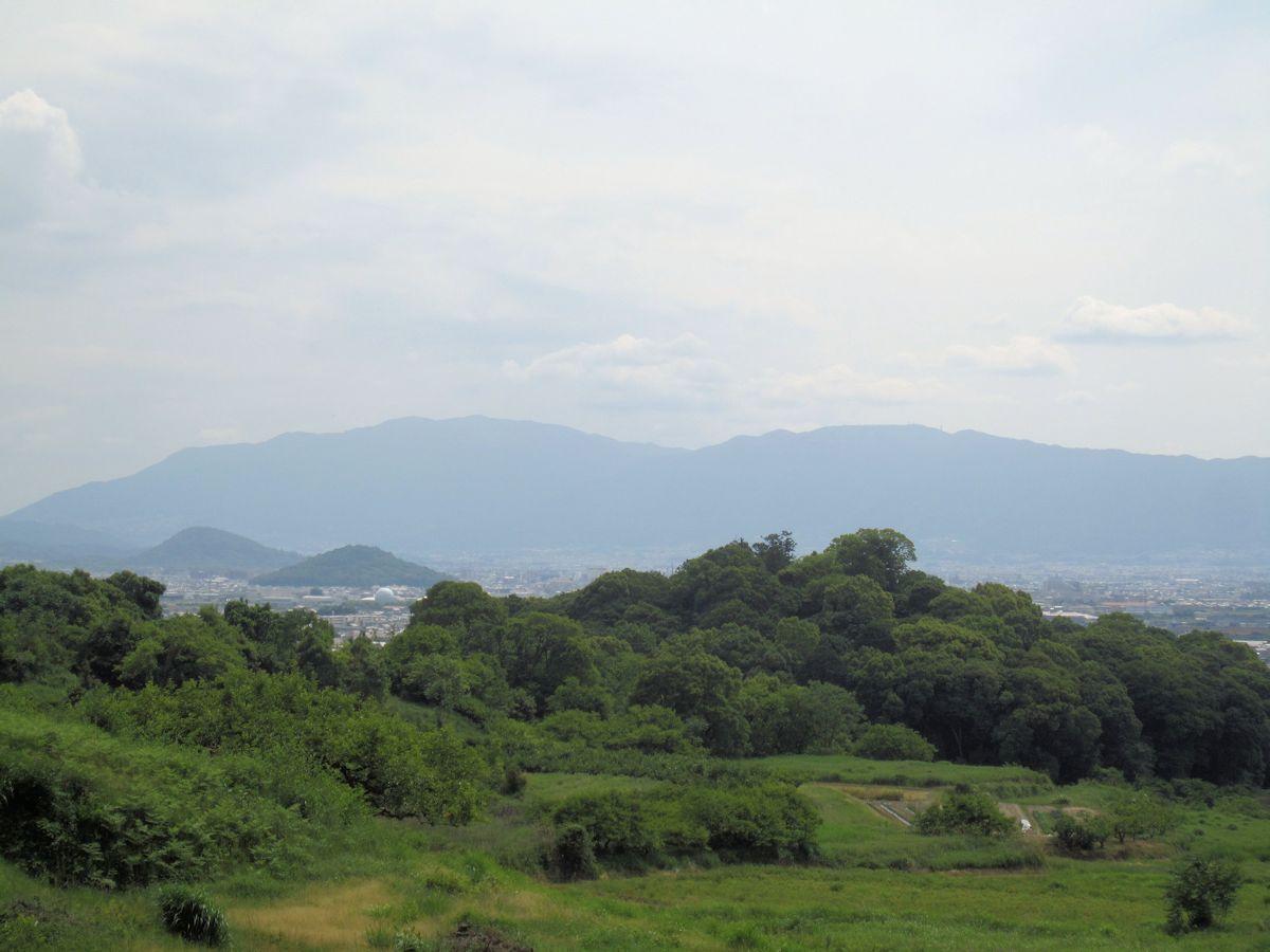 景行天皇陵、耳成山、畝傍山