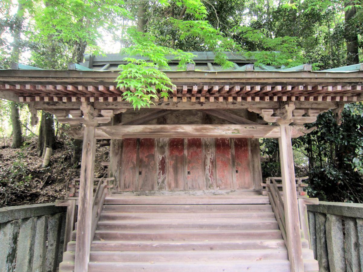 板蓋神社本殿