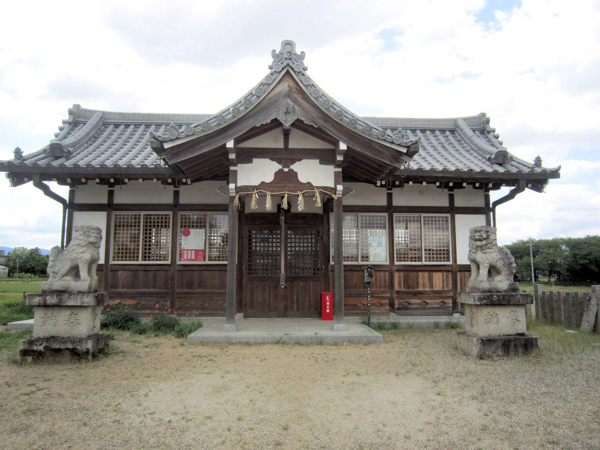 姫皇子命神社の狛犬