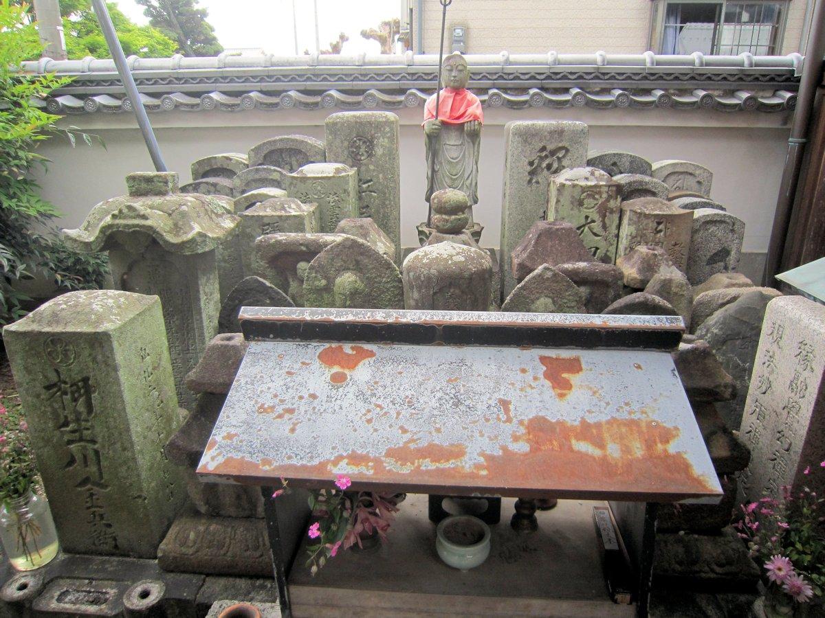 念仏寺の石仏
