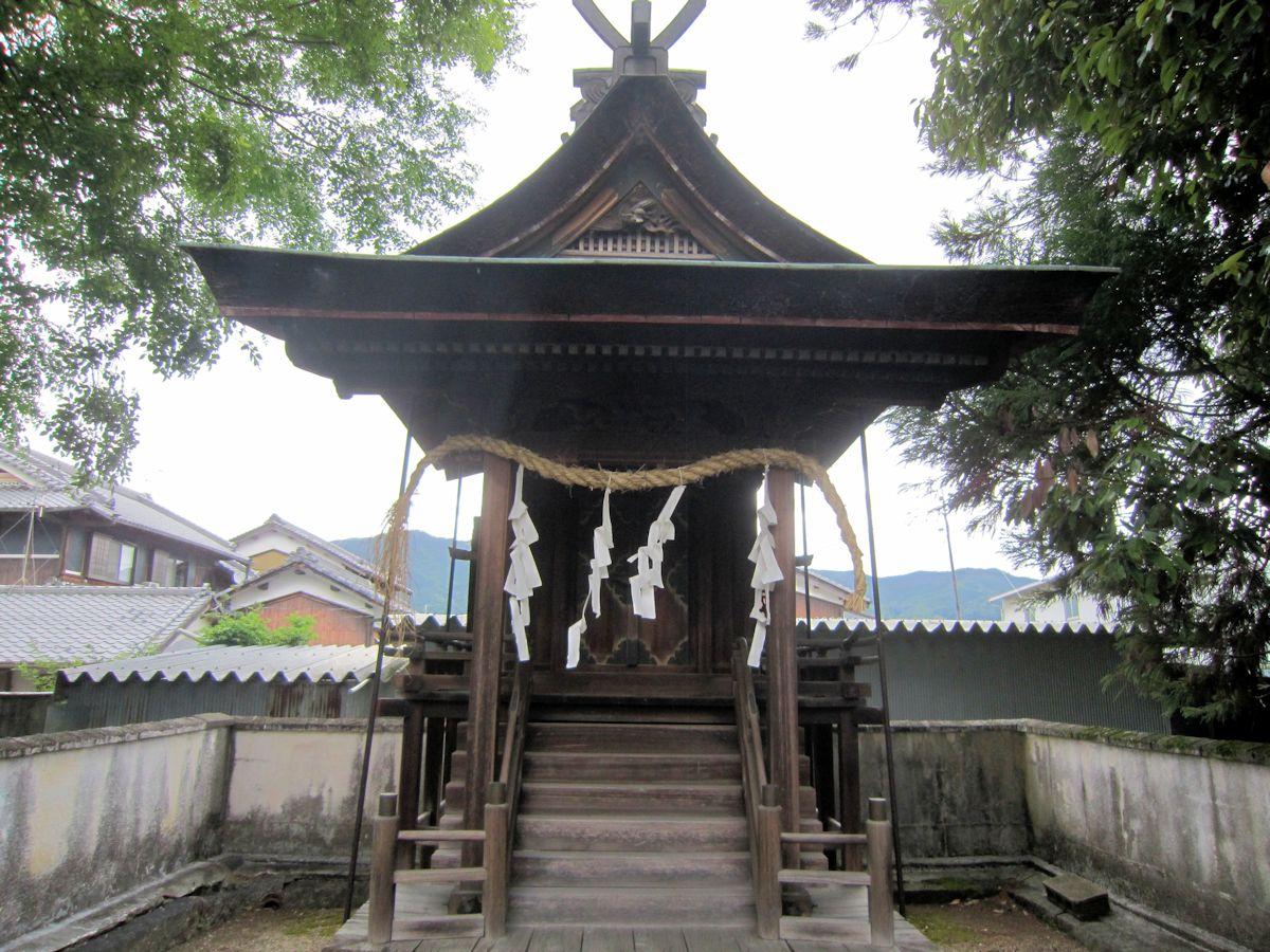 雅宮神社本殿