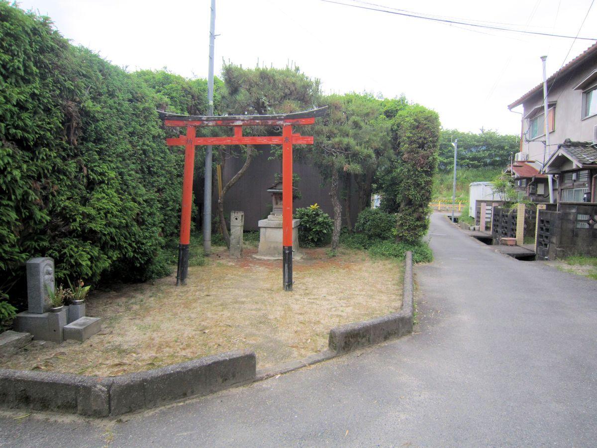 岸田町の神社