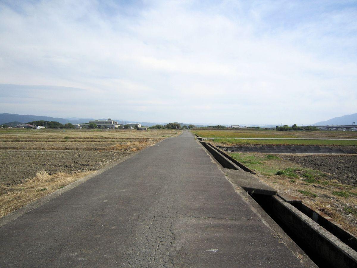 矢部の綱掛南方の風景