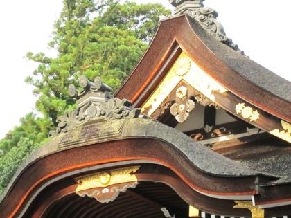 大神神社の三花懸魚