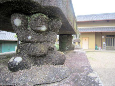 十二柱神社の相撲取り