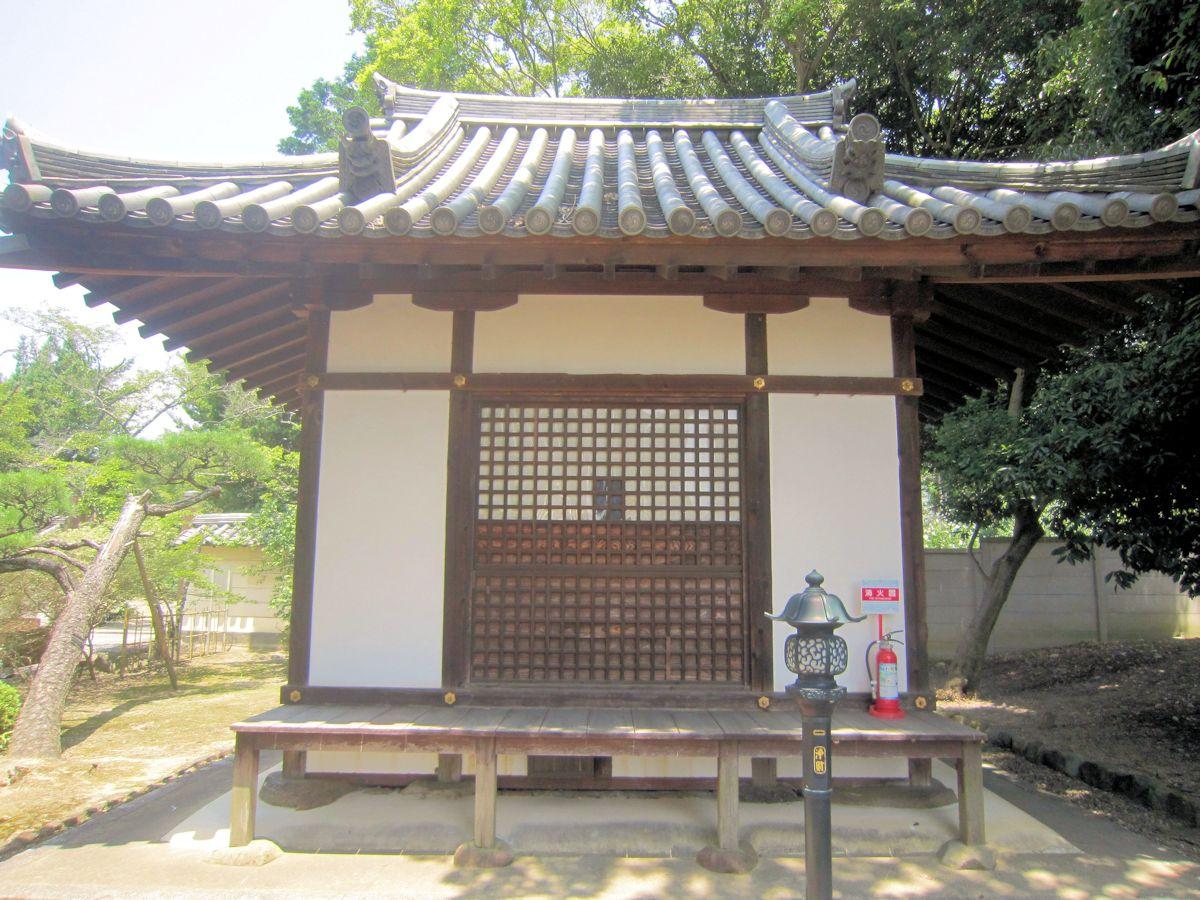 法華寺薬師堂