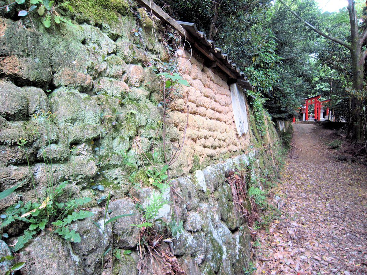 三輪成願稲荷神社