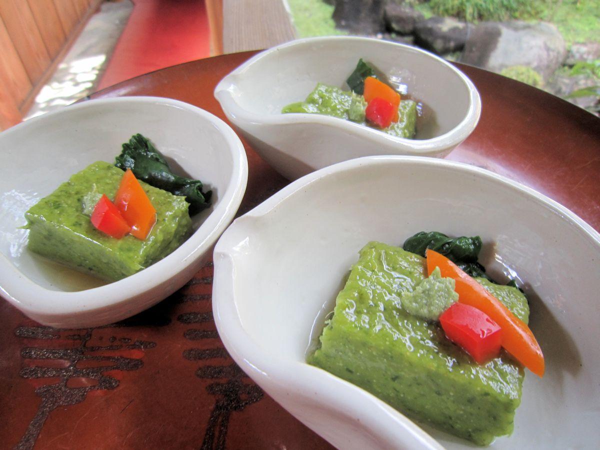 大和真菜の胡麻クルミ豆腐