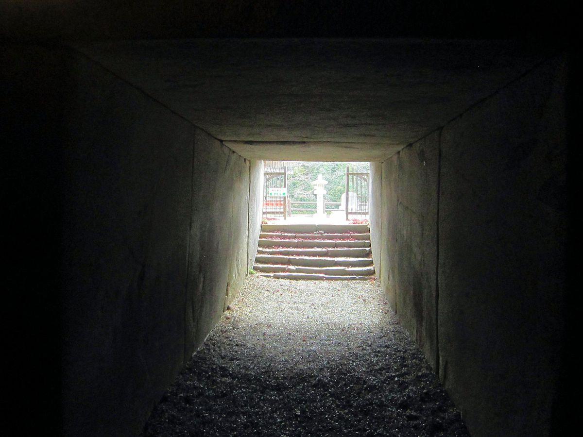 文殊院西古墳の横穴式石室