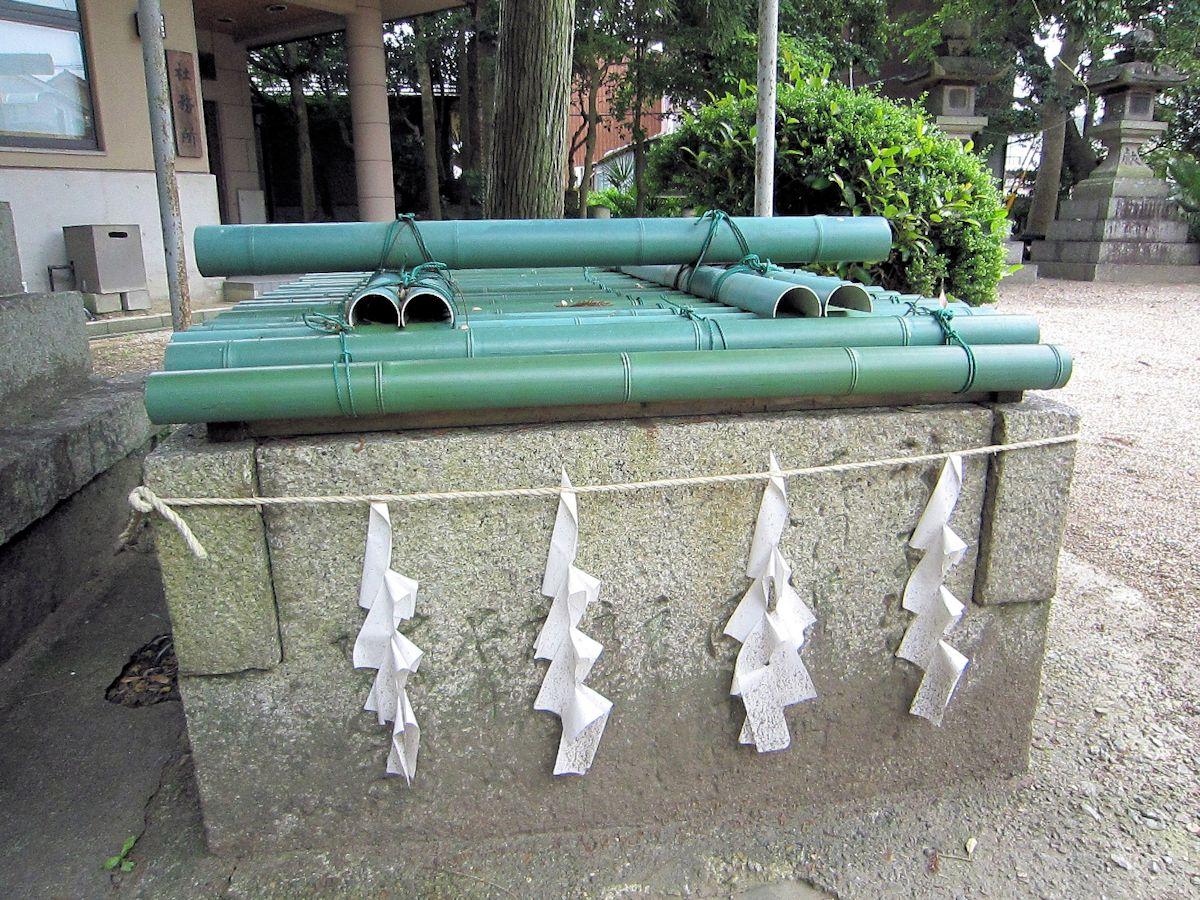 楢神社の三枡井