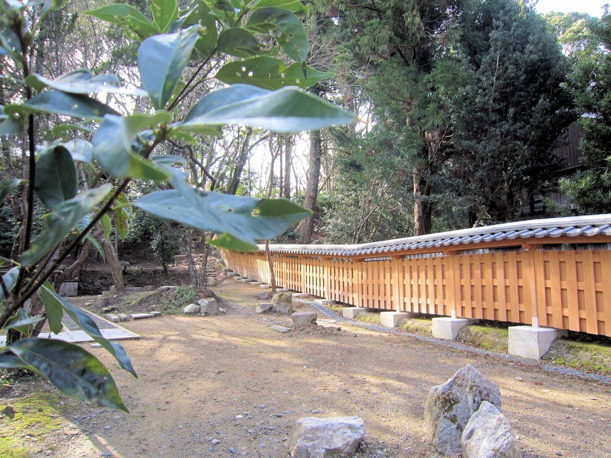 瑜伽山園地の垣根