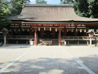 石上神宮拝殿