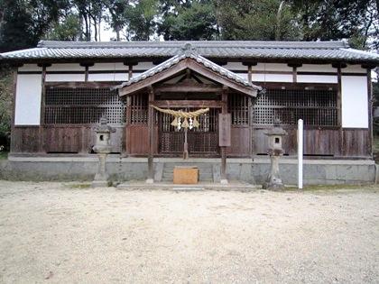 甘樫坐神社拝殿