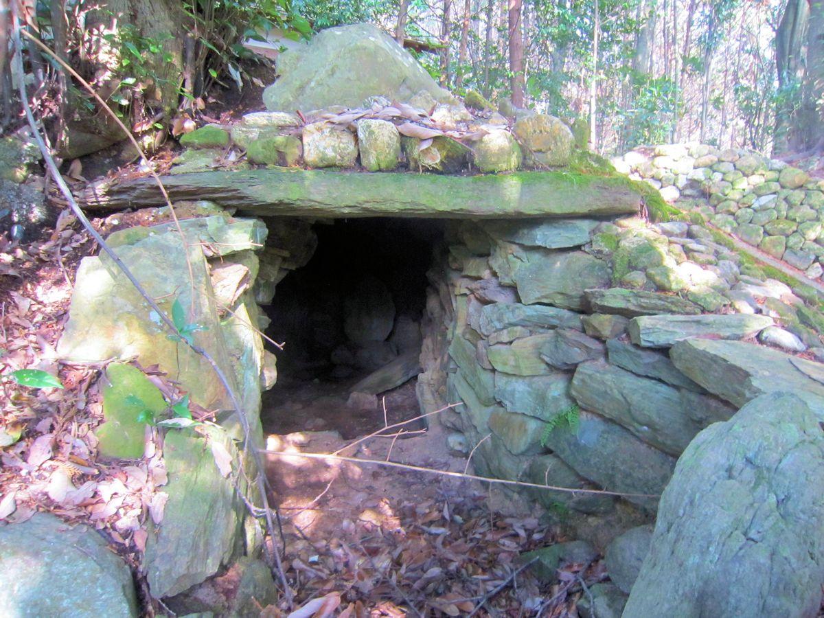 大淀稲荷山古墳の横穴式石室