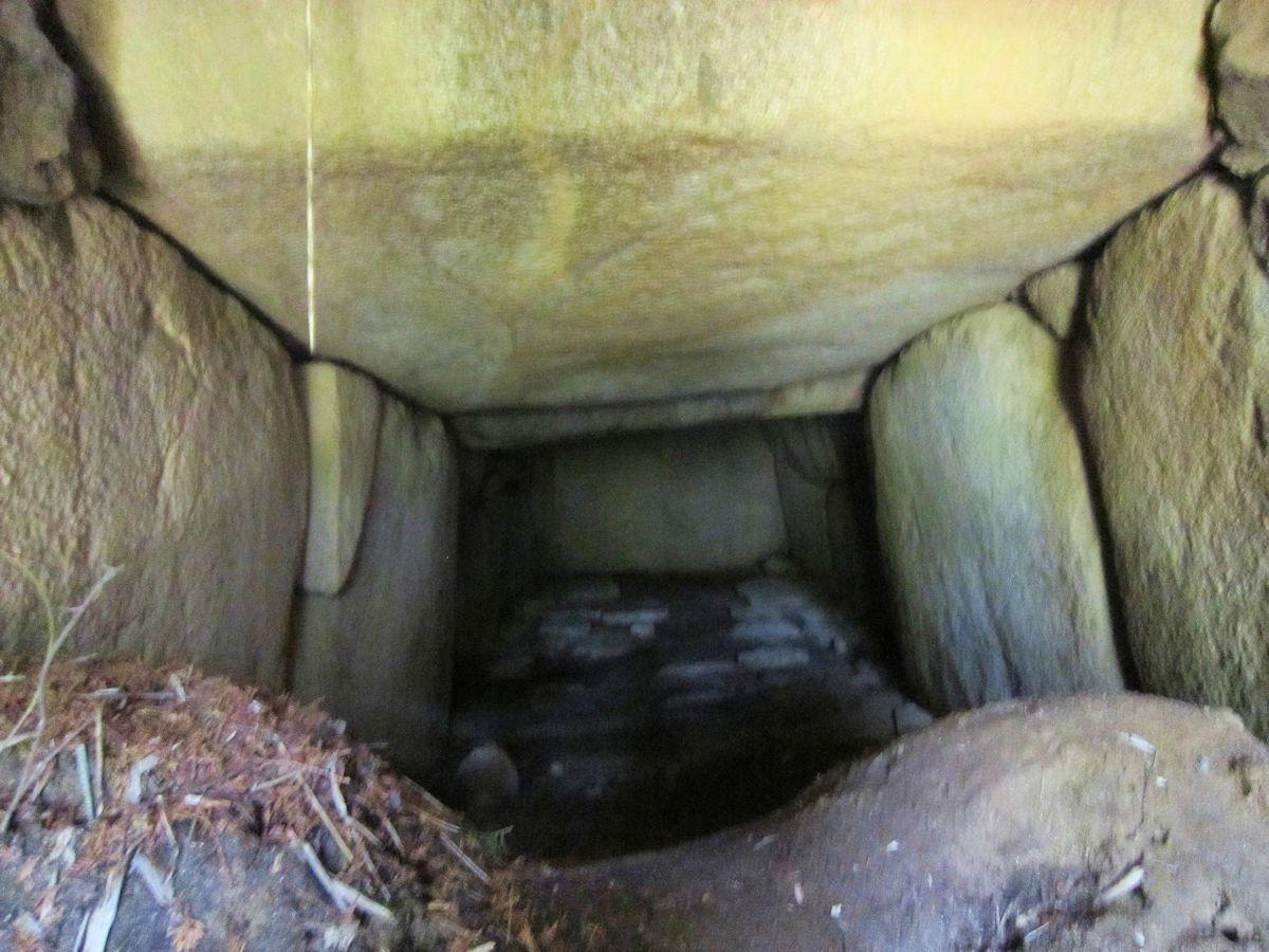ムネサカ古墳の横穴式石室