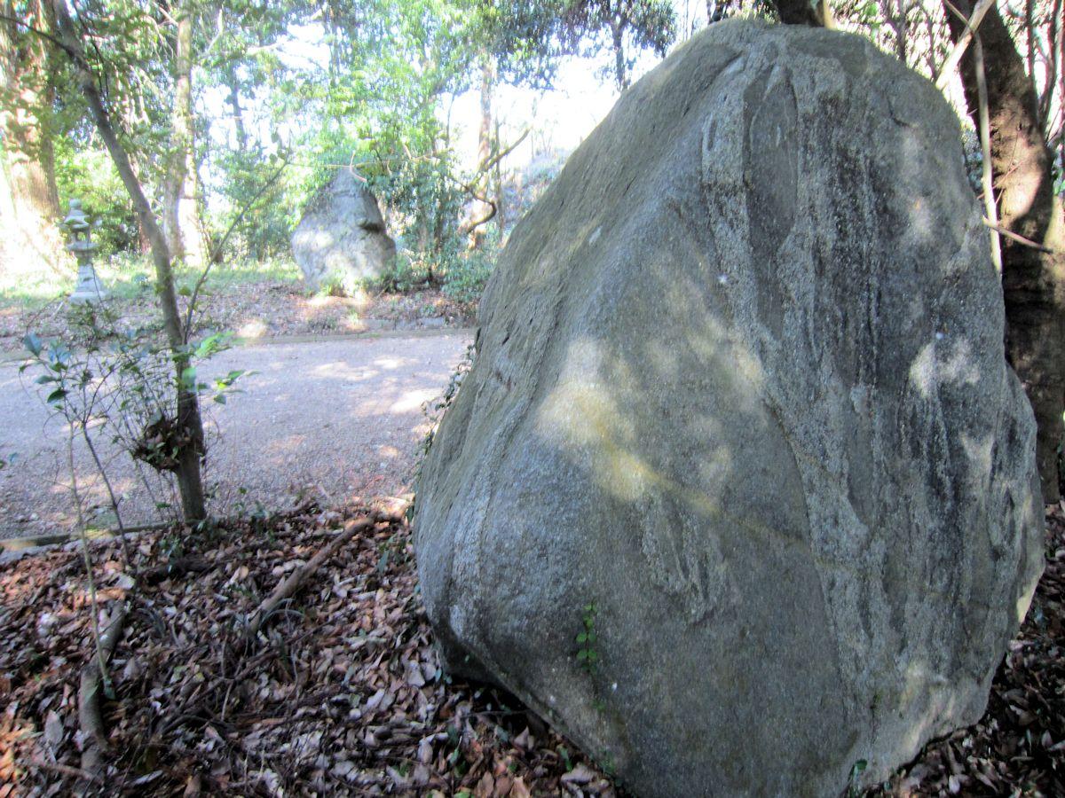 治田神社の福石