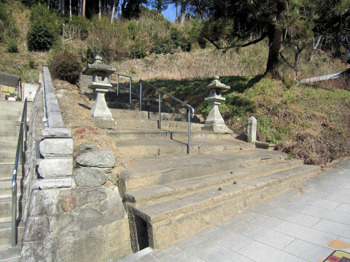 治田神社の石段