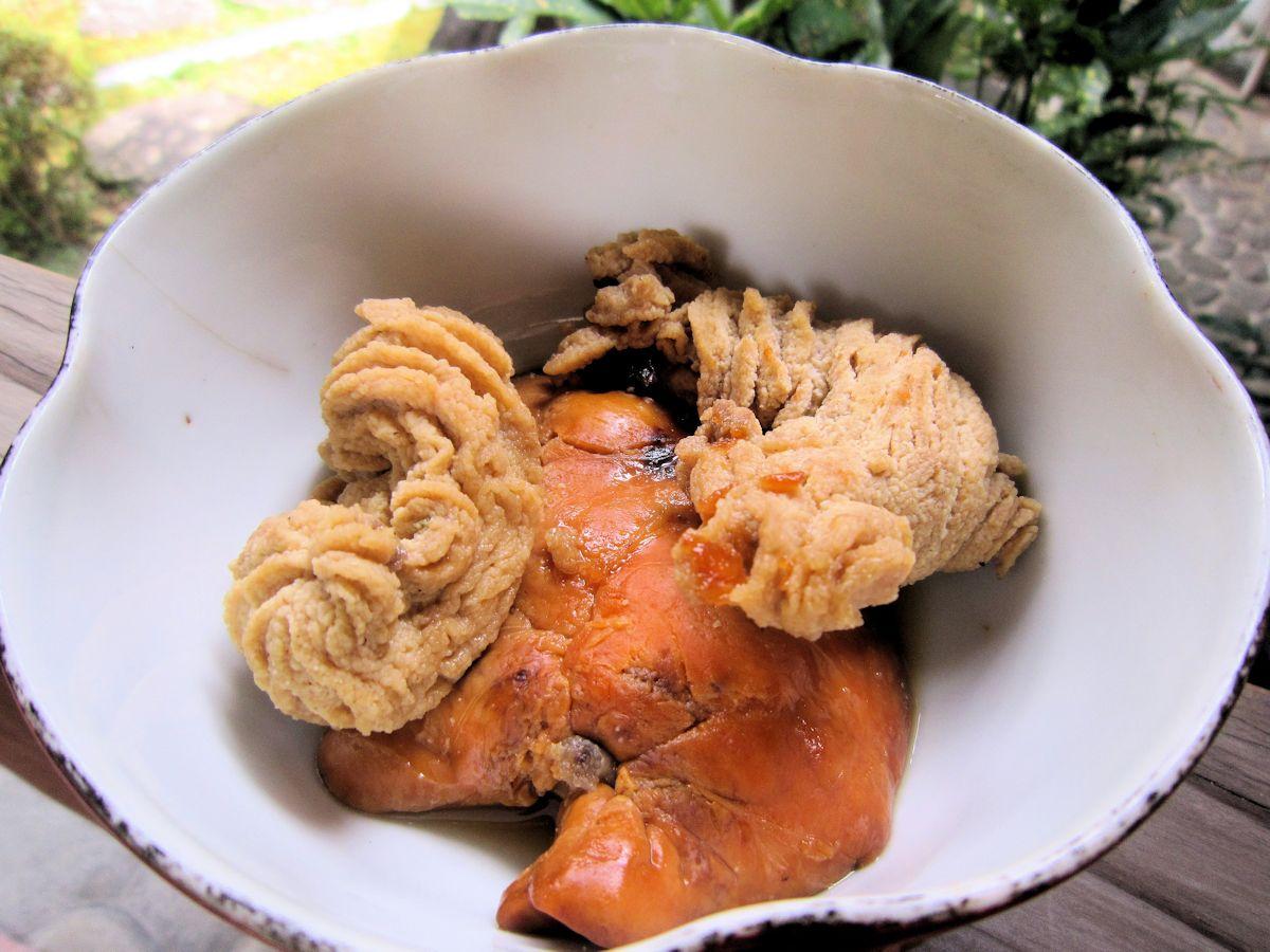 ケムシカジカの肝、コシナガマグロの卵巣
